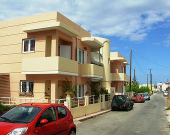 У нас есть квартира в греции